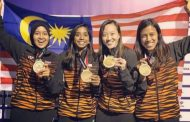 Nicol leads Malaysia in stroll over South Africa